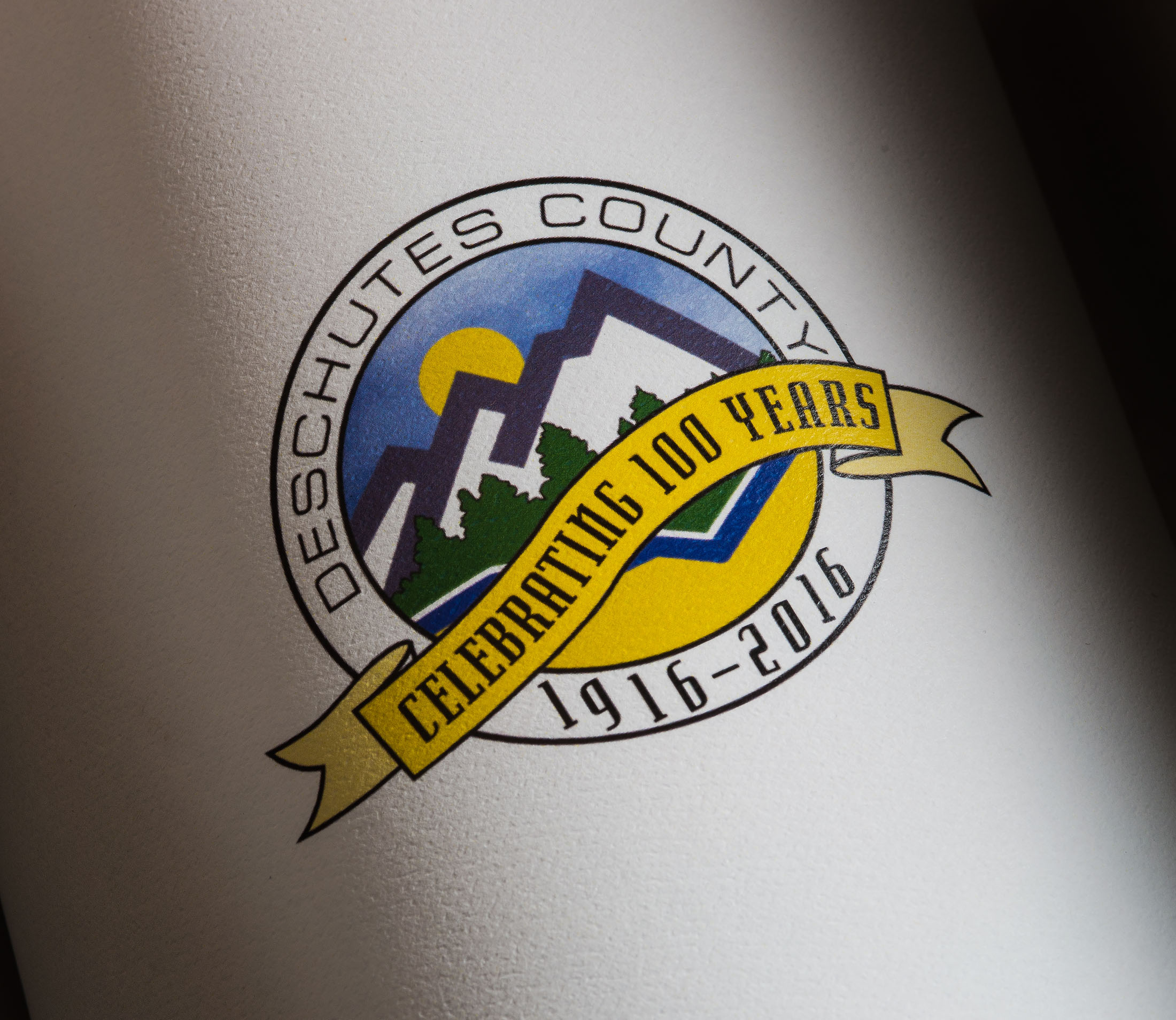 Deschutes County logo